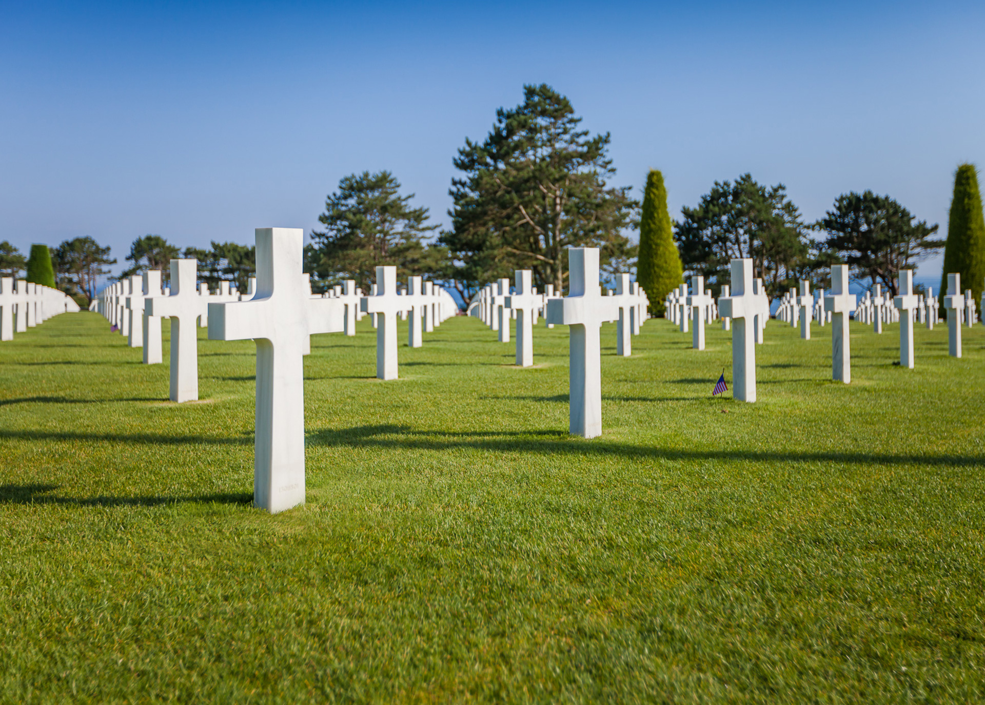 Normandy American Cemetery Guided Tours with Samuelle Carlson